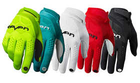 Gants cross Seven Rival 2020